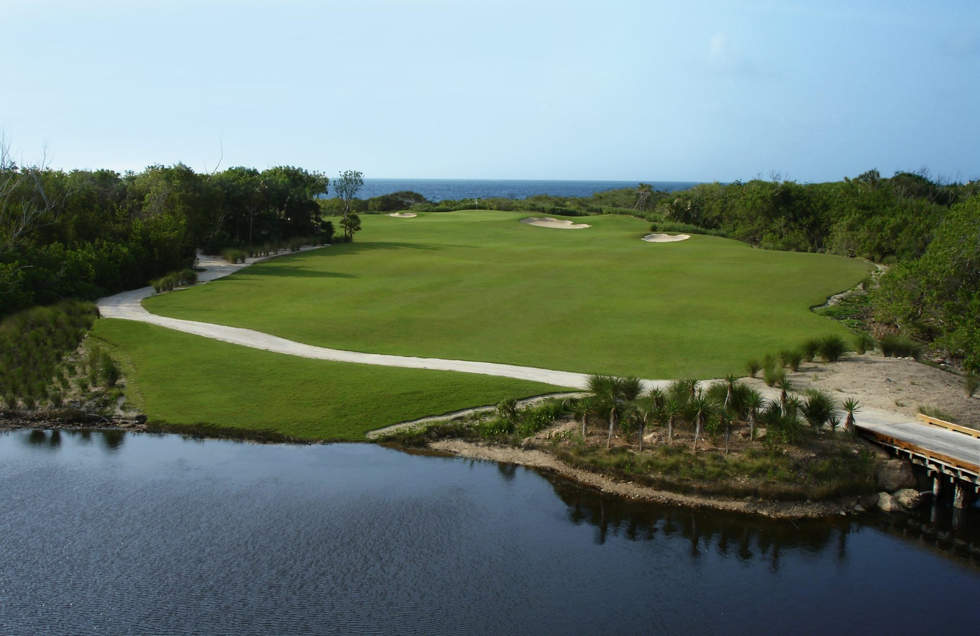 Riviera Cancun Golf & Resort - Golf course - Voyages Gendron on