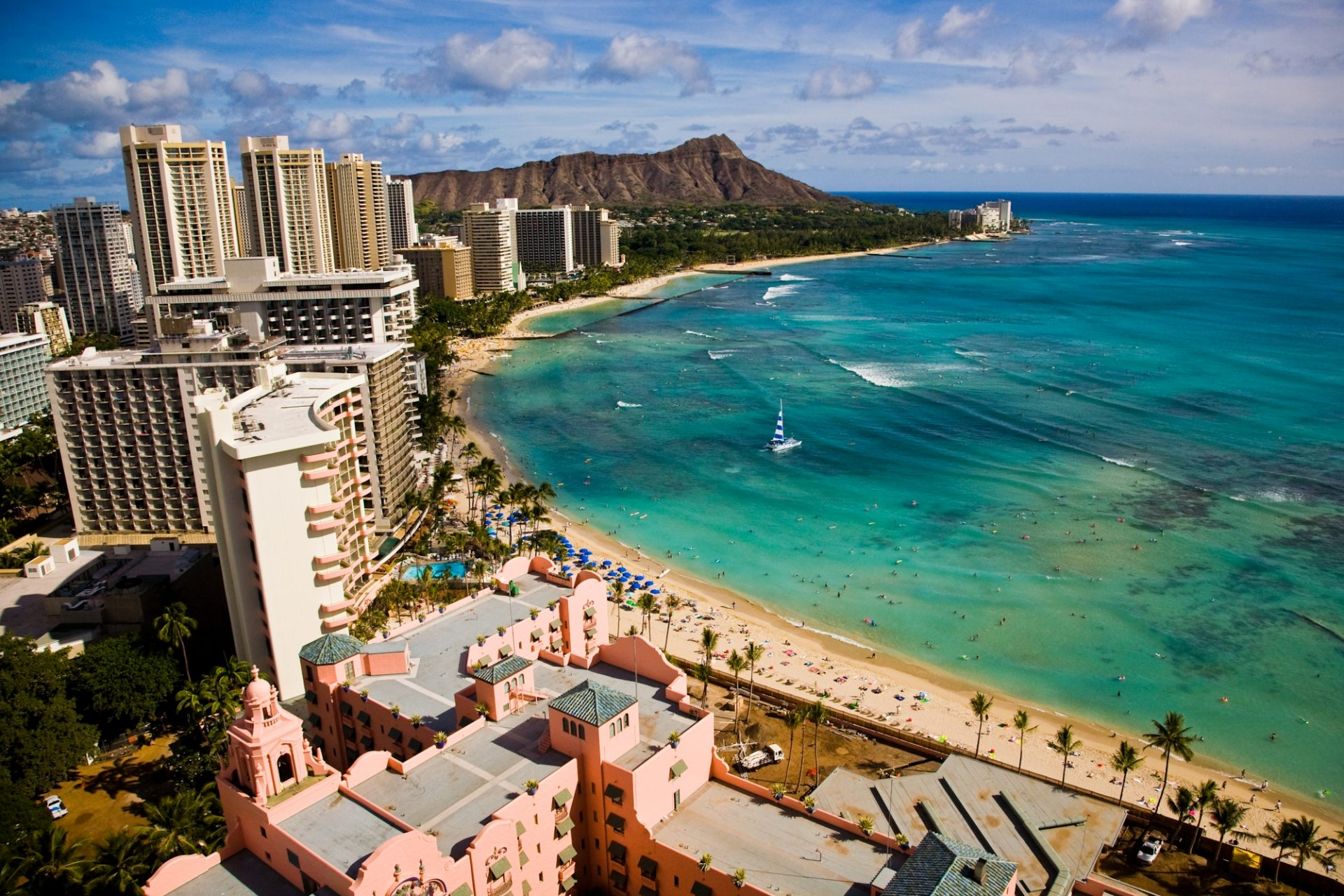 Hawaii Tourism Authority (HTA) / Dana Edmunds